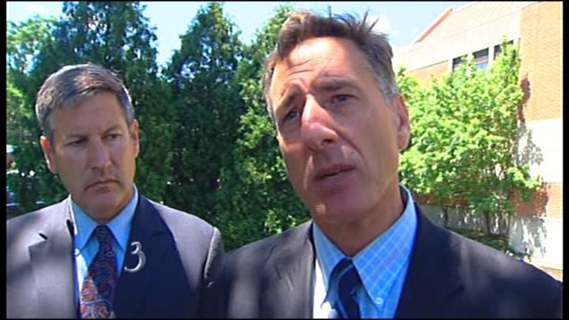 Sen. Peter Shumlin (right)
